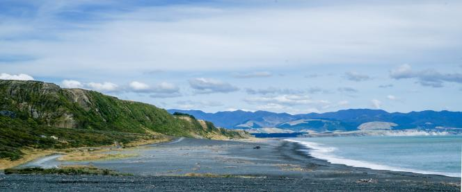 Panoramic sweep - Ocean Beach towards Ngawai - Photography Ray Lovell